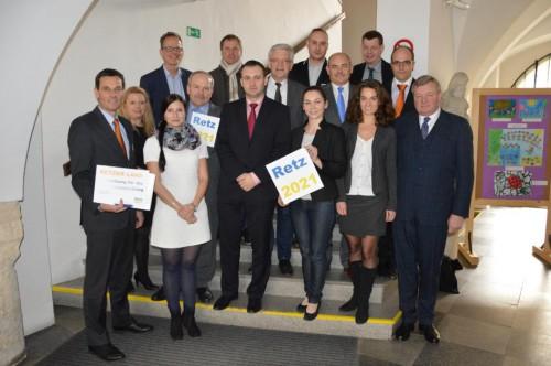 Bürgermeister und Verantwortliche Der Region Retz / Znaim bei einem Gespräch in Znaim