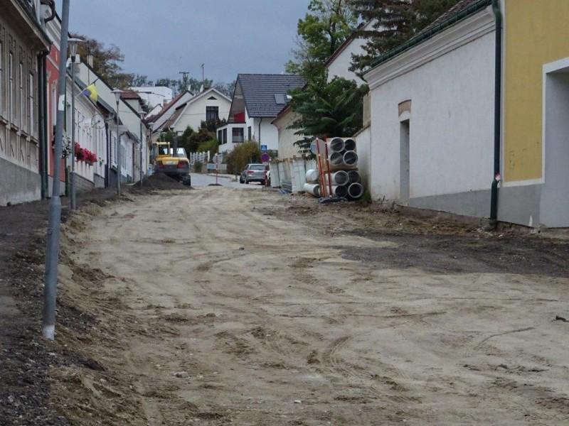 Wegen Bauarbeiten ist die direkte Zufahrt zur Windmühlgasse nicht möglich!
